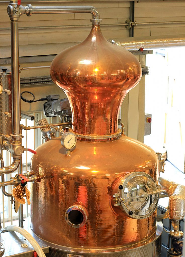 gin still tour cotswolds